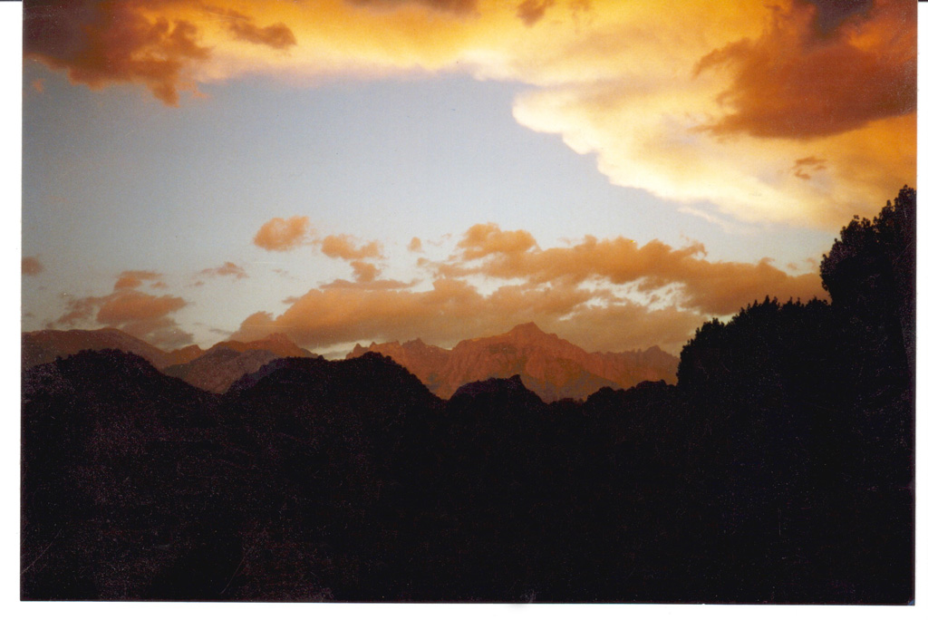 thumbnail: South of Lone Pine 2002 by Dave Norton