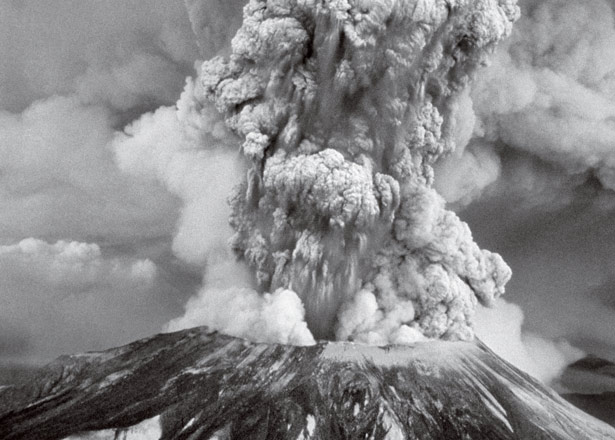01-MtStHelens-eruption